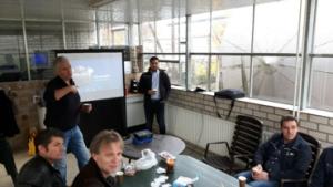 SW aardbeientelers leren over Cleanlight technologie